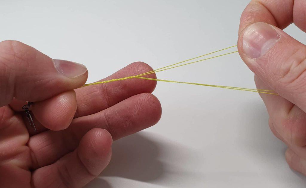 Clinchknoten mit Doppelschnur - Schritt 3