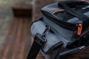 Savage Gear Lure Specialist Angeltasche - Karabiner für Schultergurt