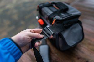 Savage Gear Lure Specialist Angeltasche - Schultergurt verstellen