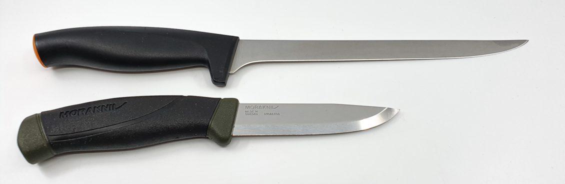 Klinge eines Filetiermessers und Angelmessers im Vergleich